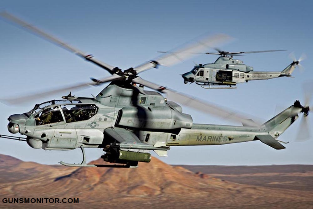 AH-1W performs during an airshow in San Diego - Miramar MCAS (NAS) / Mitscher Field (NKX / KNKX)